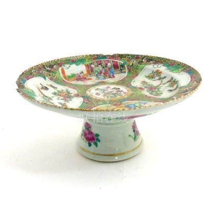 A Chinese Cantonese famille rose tazza,