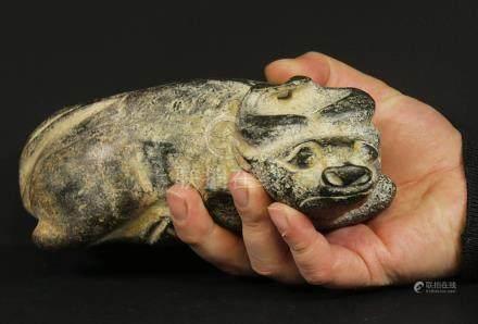 China 1600/1700 AD Handcarved hardstone Fu dog 1,7 kg