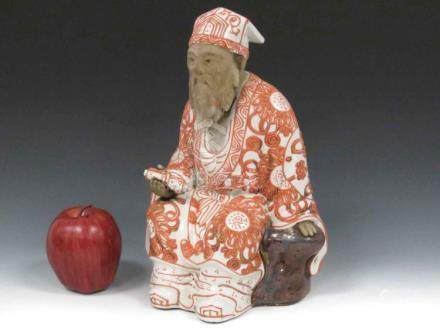 CHINESE DECORATED PORCELAIN FIGURE OF A SEATED LOHAN. HEIGHT
