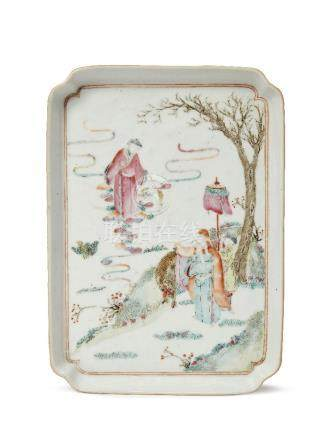 A Chinese porcelain rectangular tray, Qianlong period, painted in famille rose enamels with three