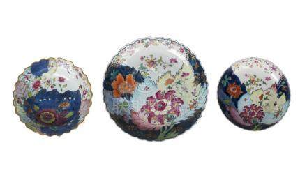 Three Chinese porcelain 'Tobacco Leaf' bowls, late 18th-early19th century, painted in underglaze