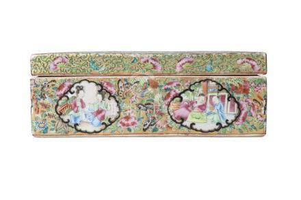 A Chinese Canton export porcelain rectangular pen box and cover, late 19th century, painted in
