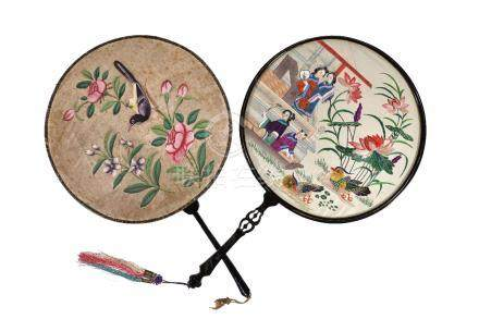 Y A Chinese embroidered circular 'Pien Mien' hand screen and a Chinese painted circular hand screen