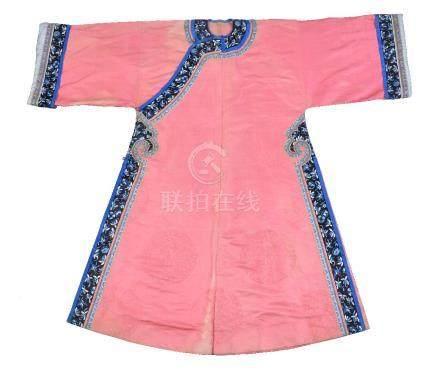 A Chinese Manchu women's silk robe
