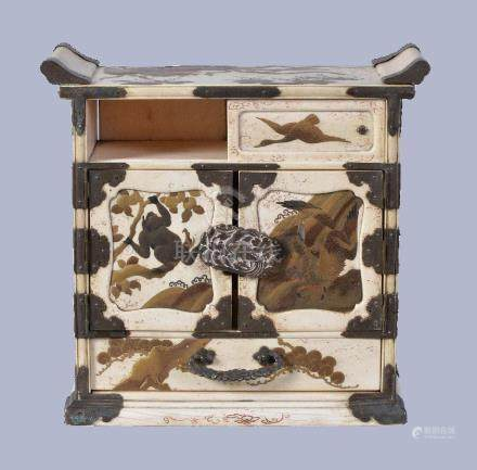 Y A Japanese Ivory Shodana