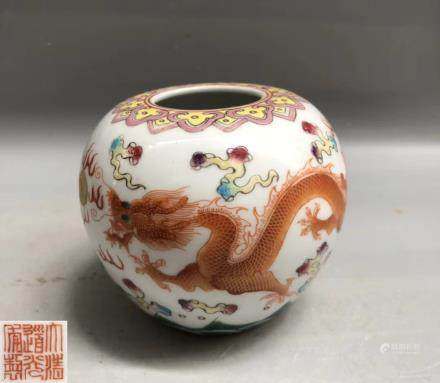A QIANLONG FAMILLE-VERTE DRAGON CYLINDER