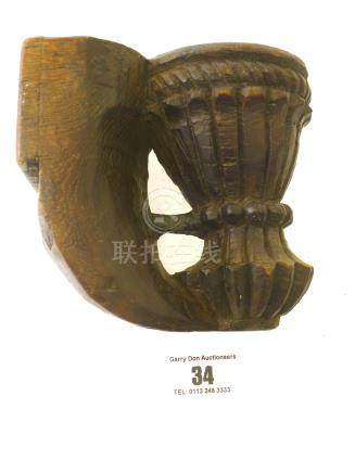 HAND CARVED WOODEN WALL MOUNTED CANDLE HOLDER (INDIA) APPROX 4.5\