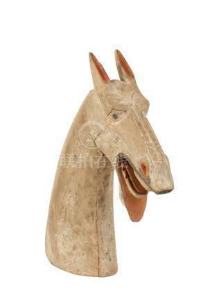 RARE CARVED AND PAINTED WOOD HORSE HEAD, HAN DYNASTY