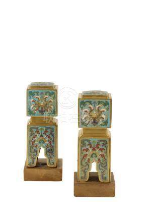 PAIR OF CLOISONNE MOUNTS, QIANLONG PERIOD