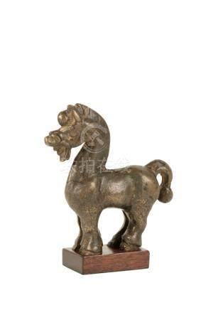 SMALL RARE BRONZE FIGURE OF A HORSE, HAN DYNASTY