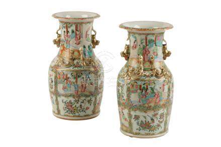 PAIR OF CANTON FAMILLE ROSE VASES, LATE QING DYNASTY