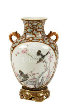 UNUSUAL 'PUDDINGSTONE' FAMILLE ROSE VASE, QING OR LATER