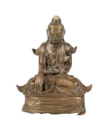 SEATED GILT BRONZE BUDDHA, BURMESE 19TH CENTURY