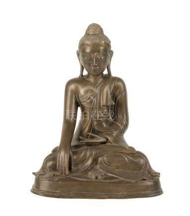 SEATED BRONZE BUDDHA, BURMESE 19TH CENTURY