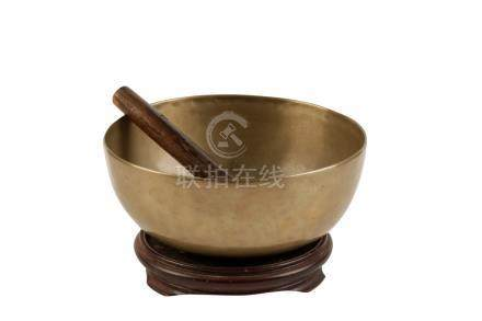 FINE BRONZE 'SINGING' BOWL, TIBET / NEPAL