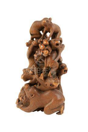 FINE CARVED BOXWOOD GROUP, SIGNED JIUN, MEIJI PERIOD (1868-1912)