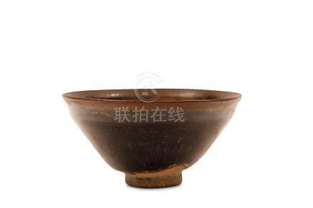 A CHINESE JIAN HARE FUR GLAZED TEA BOWL. Song Dynasty. Covered in a thick russet and black