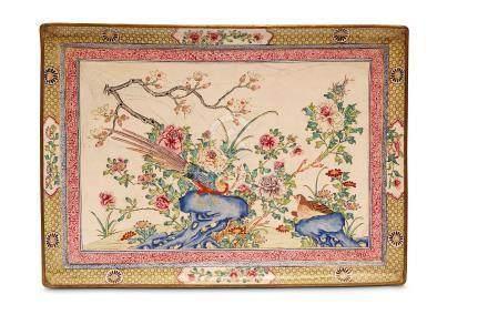 A LARGE CHINESE FAMILLE ROSE CANTON ENAMEL TRAY. Qing Dynasty, Kangxi era. Of rectangular form,
