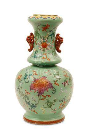 A CHINESE FAMILLE ROSE SGRAFFITO-GROUND VASE. Qing Dynasty, 18th / 19th Century. The ovoid body