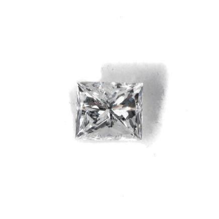 Diamant taille princesse