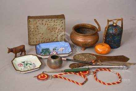 Qty of Oriental items to include enamelled dishes, jade-inlaid box, bronze censer and etc.