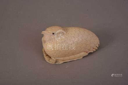 C18th Chinese finely carved ivory quail-form box and cover, 9.6cm long.