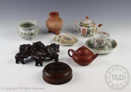 A collection of Chinese porcelain comprising; a Swatow type tripod censer, 8.
