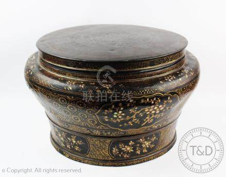A Chinese lacquered circular box and cover, of large proportions,