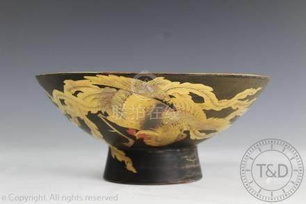 A Japanese porcelain kutani ware pedestal bowl/saku cup,