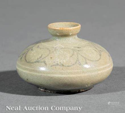 Korean Inlaid Celadon Stoneware Oil Bottle, Goryeo Dynasty, 14th c., compressed body inlaid in black