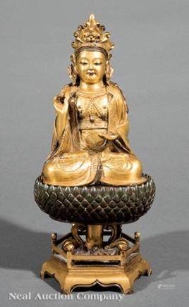 Chinese Gilt Bronze Figure of Guanyin on a Patinated and Gilt Bronze Lotus Pedestal Base, Qing