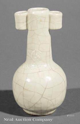 Chinese Ge-Style Stoneware Arrow Vase, probably Qing Dynasty (1644-1911), tubular handles,