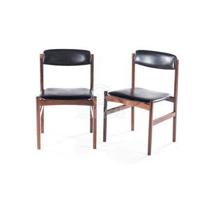 A PAIR OF DANISH ROSEWOOD SIDE CHAIRS each curved vinyl upholstered back above a conforming seat