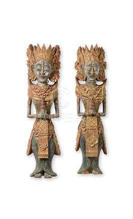 Ein Paar Gottheiten, Bali, um 1900. Holz, fein geschnitzt, g