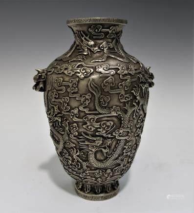 清 純銀龍瓶