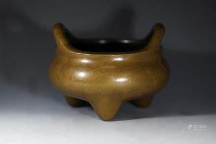 家藏珍宝款铜香炉