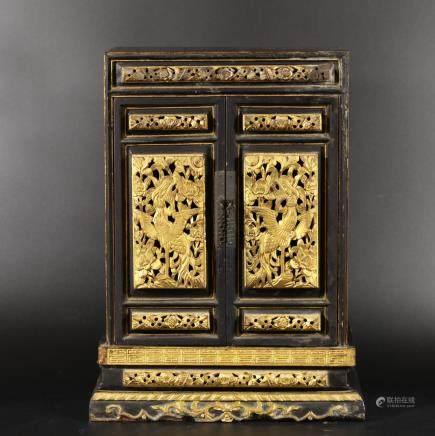 清中期 黑漆金觀音盒(松木)