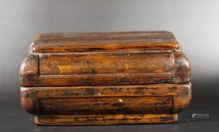 清早期 大黍蓋盒(榆木)