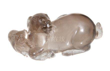 A Chinese 'tea' glass 'ram' scent bottle and stopper, modelled with a recumbent ram with two