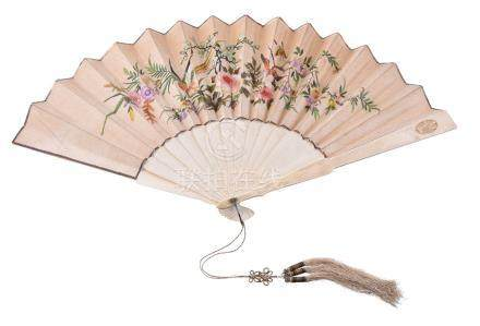 Y A Chinese ivory, paper and silk fan, Qing Dynasty, late 19th century, embroidered with colourful