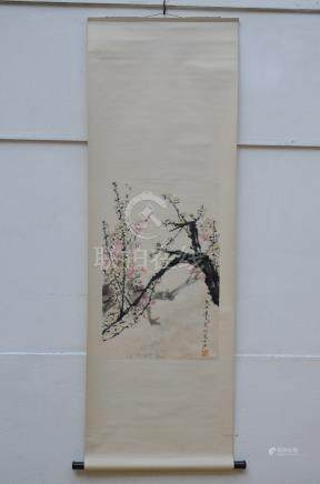 Chinese scroll 'blossoms' (45x68cm)