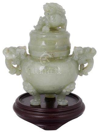 A CHINESE JADE CENSER & COVER, 20TH CENTURY