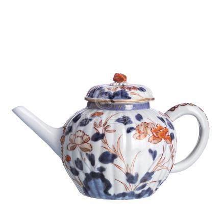 Japanese Porcelain Imari Teapot, Edo