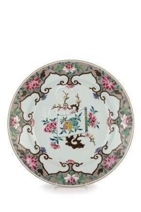 GRANDE PIATTO IN PORCELLANA FAMIGLIA ROSA, CINA, XVIII SECOL
