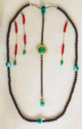 Chinese Wood and Jadeite Court Beads Chaozhu Neckl