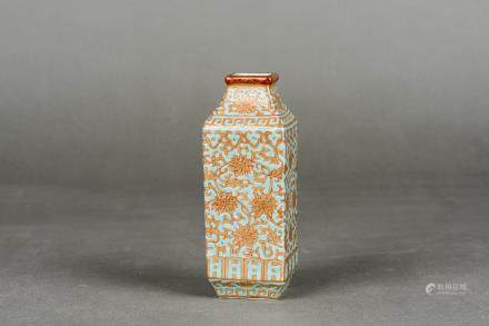 A FAMILLE ROSE SMALL VASE WITH QIANLONG MARK, REPUBLIC PERIOD