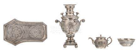 A 20thC Central Asia four-part silver samovar set consisting of the samovar, a sugar bowl, a tea pot and the salver, unknown hallmarks but tested on silver purity, H 3,5 - 20,5 cm - Weight: about 990 g