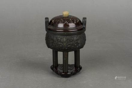 A BRONZE CENSER, 19TH CENTURY