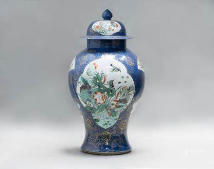 A LARGE WUCAI PORCELAIN JAR WITH COVER, 19TH CENTURY