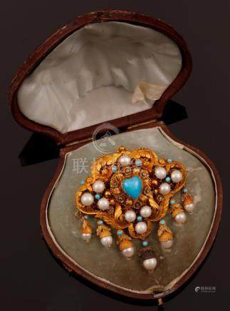 Turquoise and pearl devant de corsage. Fitted case